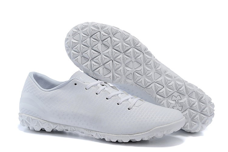 Ventes pas cher Under Armour Clutchfit Force TF Blanc